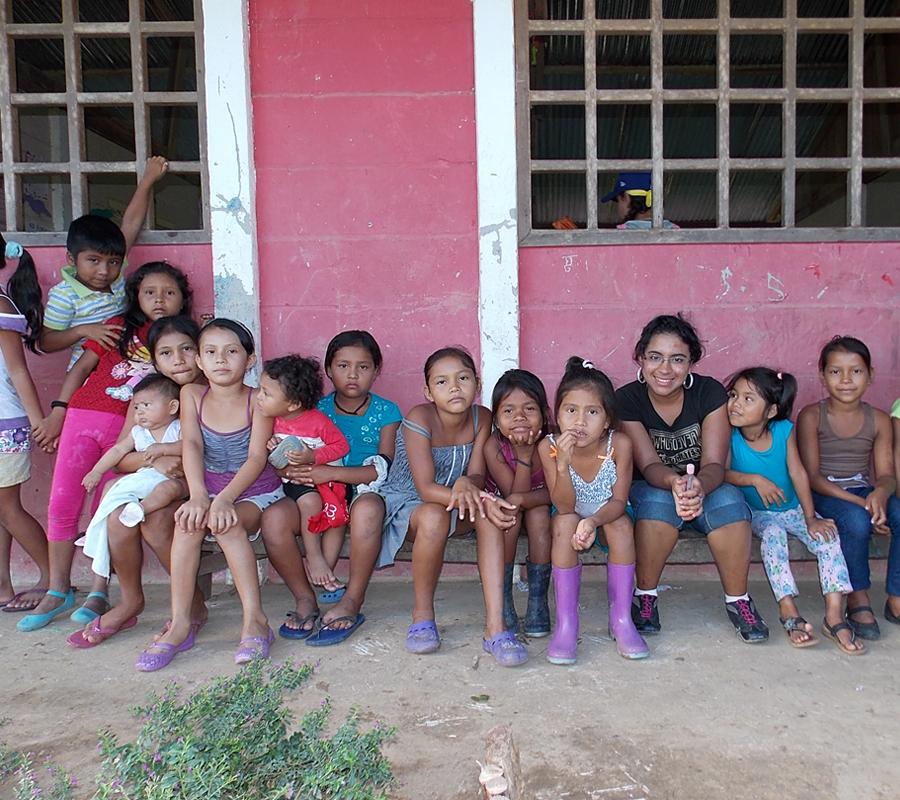18_village-kids